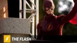 """The Flash, novo video segunda temporada, """"O homem que salvou Central City"""""""
